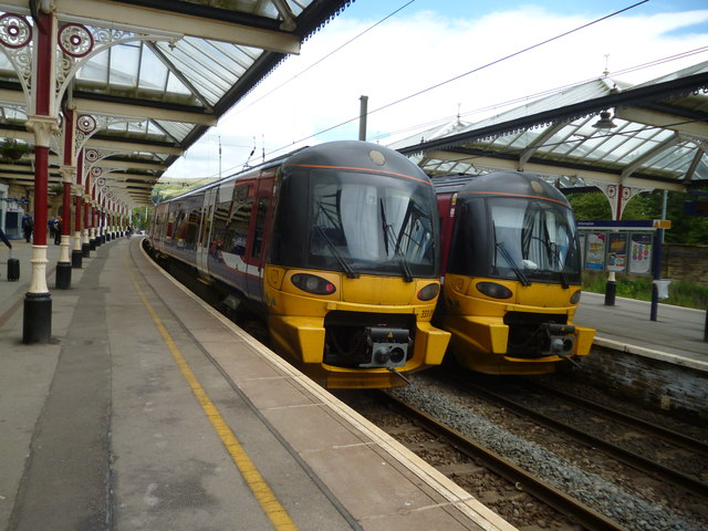 Two Class 333s at Skipton station