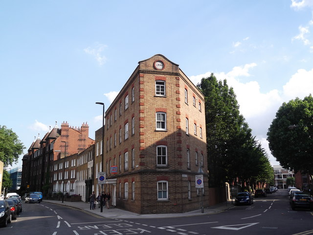 Junction of Stepney Green and Hannibal Road E1