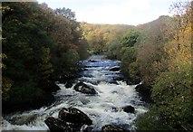 SH7357 : Afon Llugwy fyny'r afon o Bont Cyfyng / Afon Llugwy upstream from Pont Cyfyng by Ceri Thomas