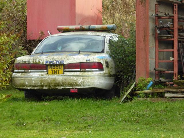 Old car at Pentre-cwm