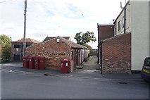 SE7811 : Fox Terrace, New Trent Street, Ealand by Ian S