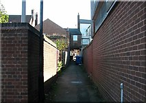 TG5208 : Great Yarmouth's Rows - Row 3 (Boulter the Baker's Row) by Evelyn Simak