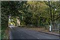 TQ3557 : Woldingham Road by Ian Capper