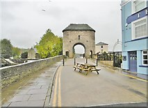SO5012 : Monmouth, gatehouse by Mike Faherty