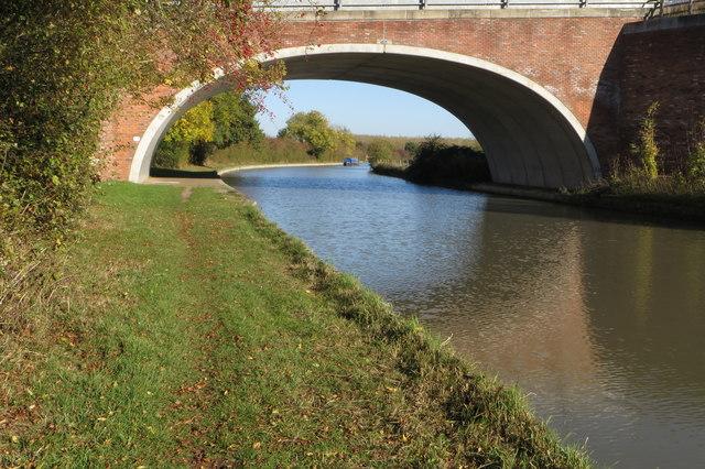 Banury Lane bridge over the Grand Union