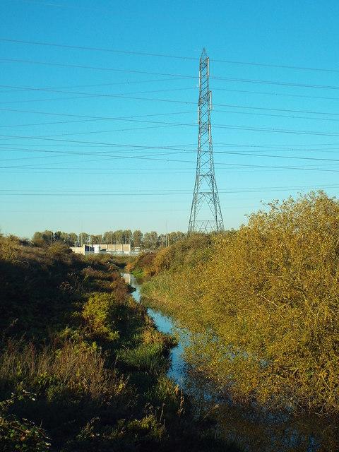 Drainage channel and pylon near Dagenham