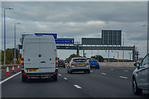 SK4725 : North West Leicestershire : M1 Motorway by Lewis Clarke