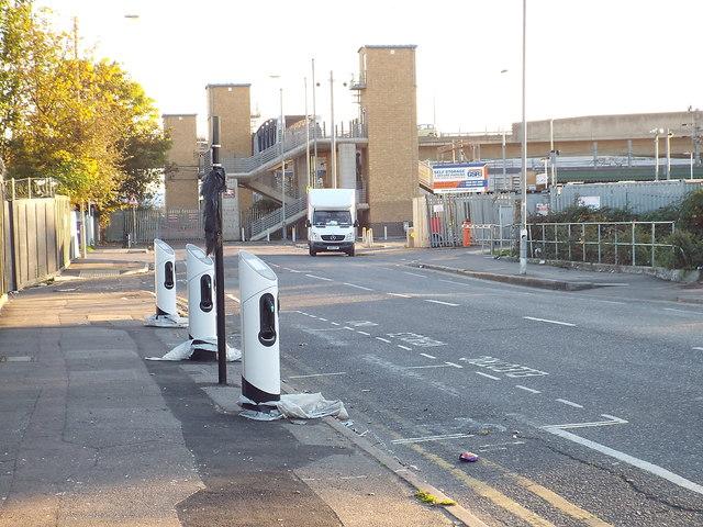 e6e7716e1d6 Electric vehicle charging points,... © Malc McDonald cc-by-sa/2.0 ...