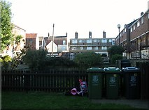 TG5207 : Flats north of Nottingham Way by Evelyn Simak