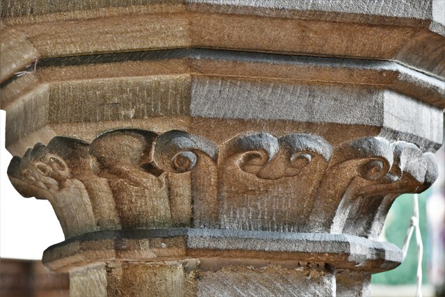 Bedale, St. Gregory's Church:  Nave capital