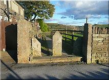 SE0729 : The Calderdale Way at School Lane, Illingworth, Halifax by Humphrey Bolton