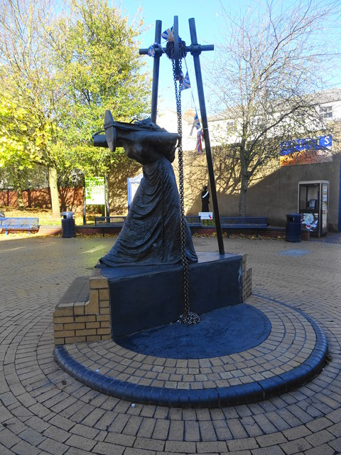 Statue to the impoverished working women of Bilston