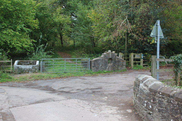 Entrance to Allt-yr-Yn LNR