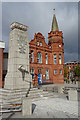 SO9889 : Cenotaph and former Town Hall by Philip Halling
