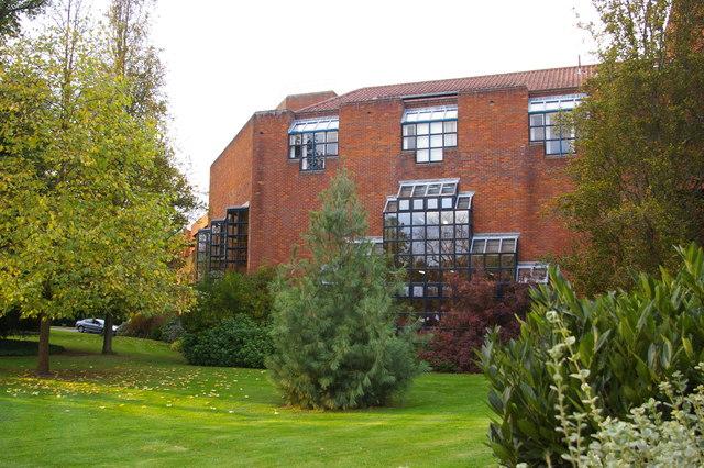 Robinson College, looking along Herschel Road