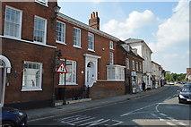 SU7682 : Merton House by N Chadwick