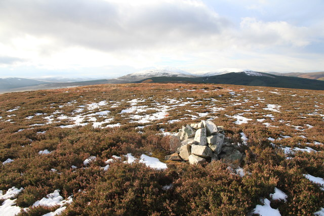 Small cairn on Meikle Balloch Hill