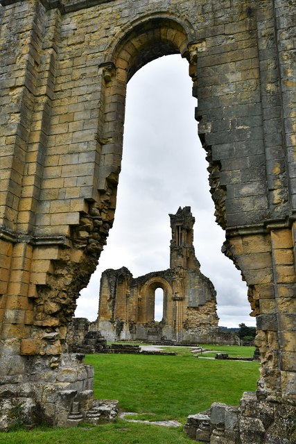Byland Abbey: From north transept to south transept