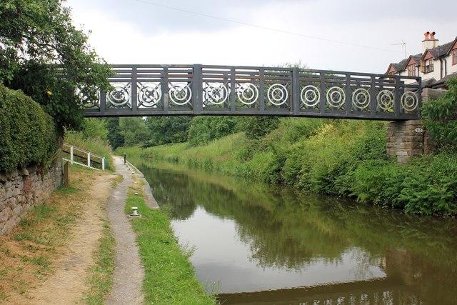 Footbridge over the Macclesfield Canal