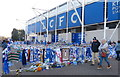 SK5802 : Tributes at the King Power Stadium, Leicester by Mat Fascione
