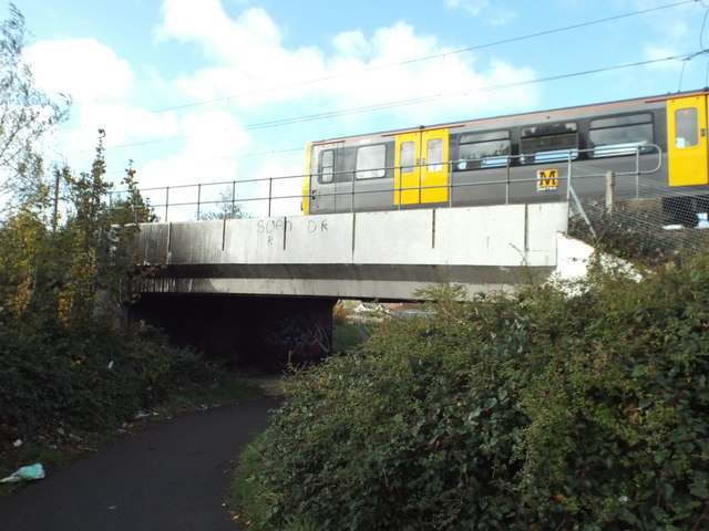Path under the metro, near South Hylton