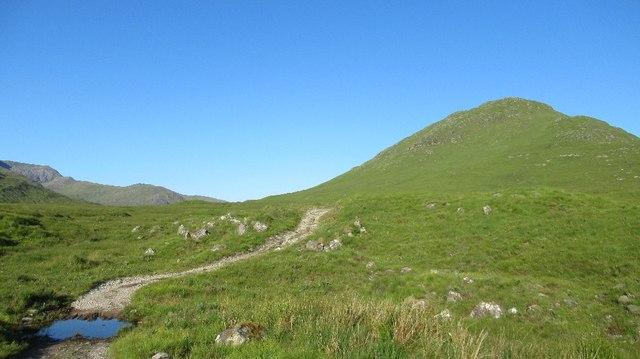 Climb into Fionngleann