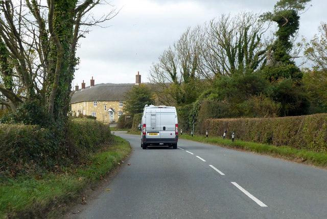 B3157 entering Abbotsbury