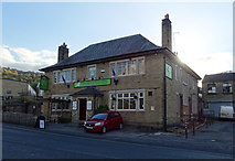 SE1115 : The 4 Horseshoes public house, Huddersfield by JThomas