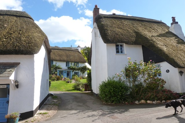 Thatched cottages at Inner Hope, Devon