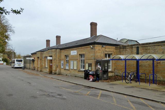 Yeovil Pen Mill station building