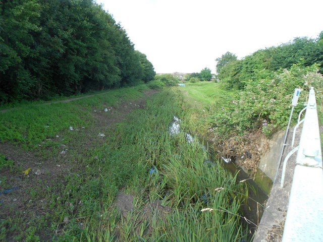 Ingrebourne River in Rainham (2)