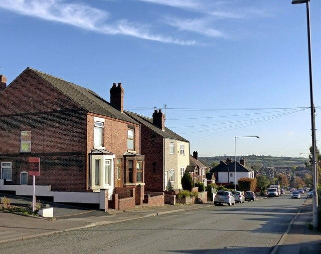 Nottingham Road below Hill Top, Eastwood