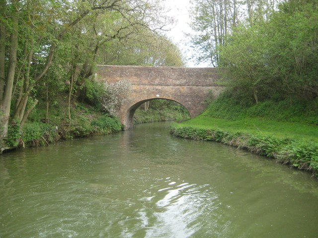 Grand Union Canal: Leicester Section: Bridge Number 10