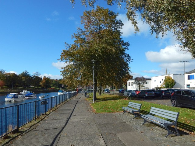 Riverside walkway, Dumbarton