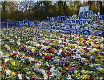 SK5802 : Tributes near the King Power Stadium, Leicester by Mat Fascione