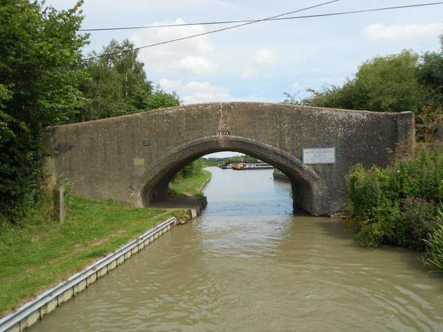 Oxford Canal: Bridge Number 109