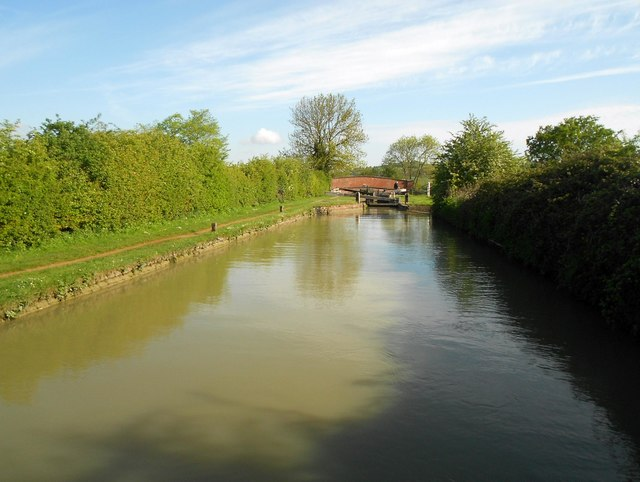 Oxford Canal: Reach above Lock Number 12