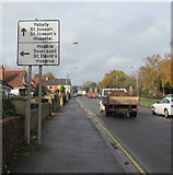 ST3091 : Hospital and hospice directions signs, Malpas Road, Newport by Jaggery