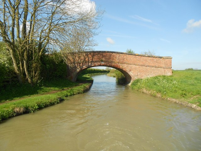 Oxford Canal: Bridge Number 118