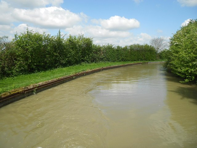 Oxford Canal: Reach in Priors Hardwick