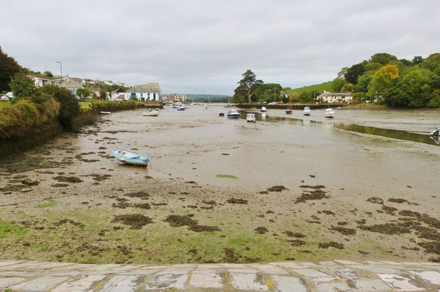 Looking down the  creek at Kingsbridge towards the estuary