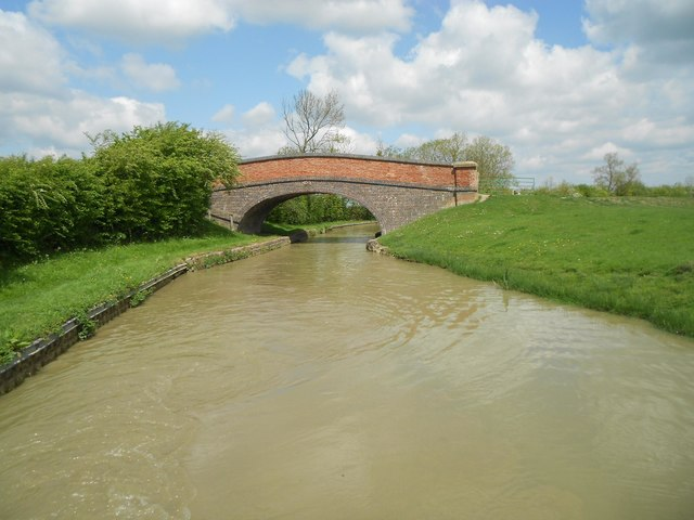 Oxford Canal: Bridge Number 125