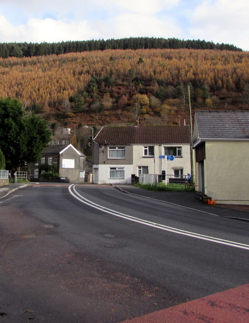 Bend in the A4061 Bridge Street, Ogmore Vale