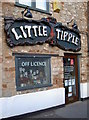 ST5370 : Little tipple by Neil Owen