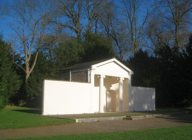 Canons Park: The Temple