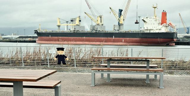 Picnic tables and bulk carrier, Belfast harbour (November 2018)