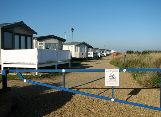 Public footpath to Caister-on-Sea
