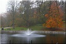 TM1645 : The Round Pond, Christchurch Park by Christopher Hilton