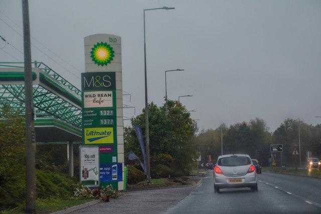 08dea054e1f67 Milton Keynes   H3 Monks Way A422 © Lewis Clarke    Geograph Britain ...