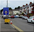 ST3388 : Temporary road signs, Chepstow Road, Newport by Jaggery